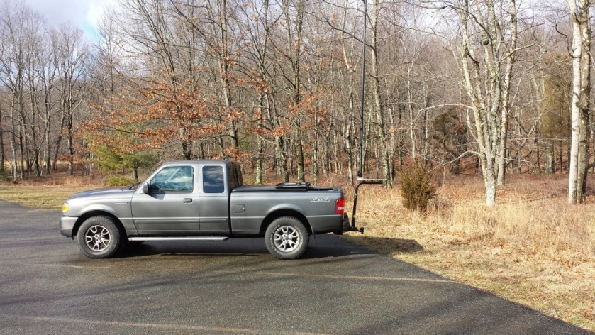 Stationary-mobile setup at the Blue Mountain Lakes trailhead