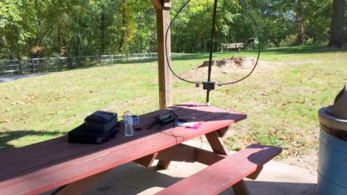 My operating position. The AlexLoop is attached to the picnic table.