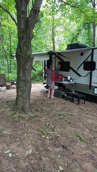 "Breakfast time at the ""QRP Camper"" in Susquehanna State Park (MD)."