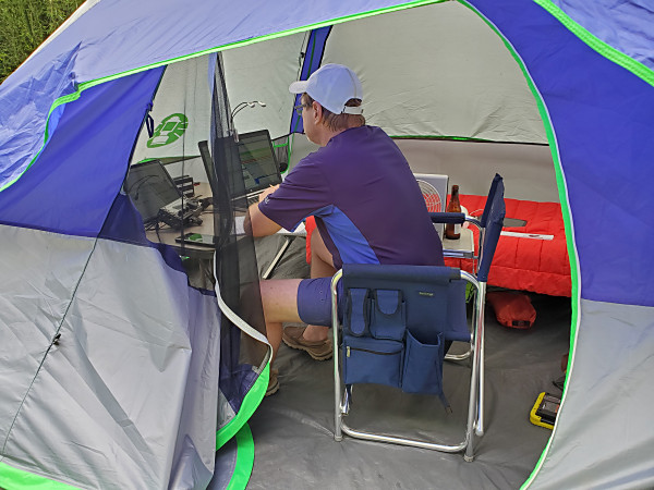 WA8YIH operating FT8 from his tent