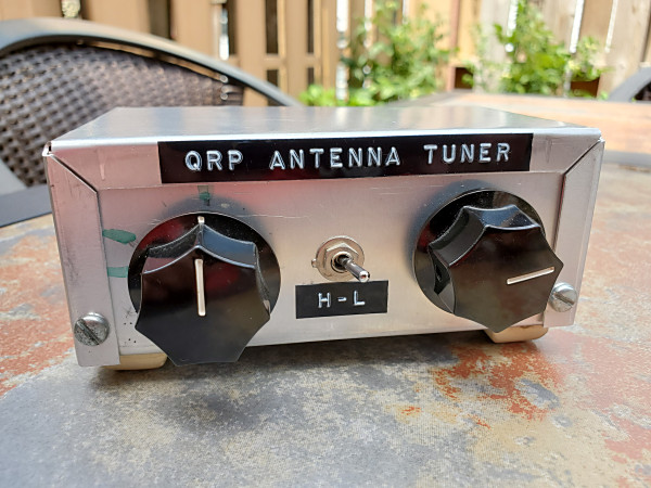 Front panel of my old antenna tuner. The switch selects one or both sections of the variable capacitor.