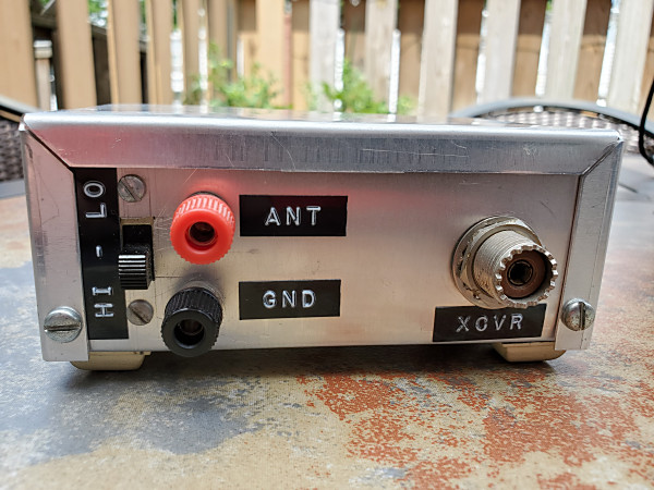 """Rear view of my old tuner. The slide switch on the left selects the confiuration. In the """"LO"""" position, the coil and capacitor are in series. In the """"HI"""" position, the tuner is configured as an L-match tuner."""